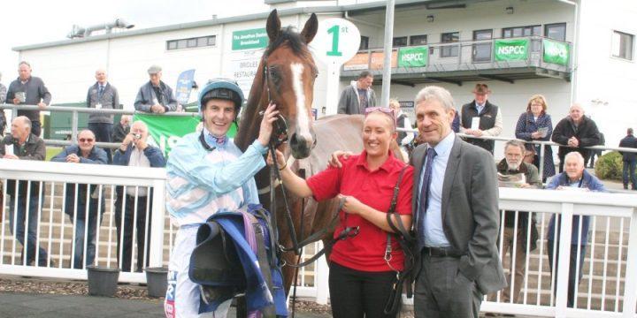 Yorgunnabelucky Lands First Winner